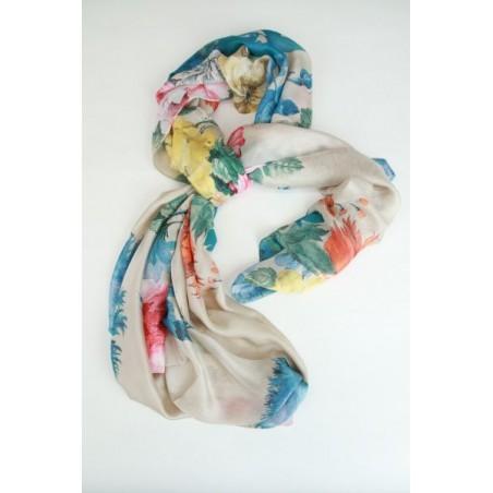 Sjaal met pioenrozen en asters