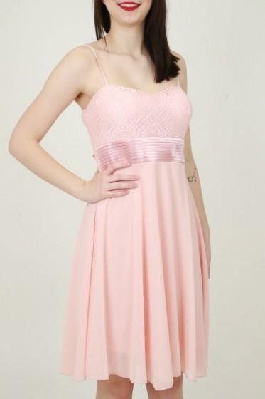 Wijde jurk met 2 sierzakken